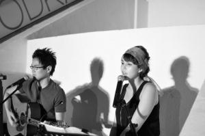 Rebecca and Ian performing at Five Bar